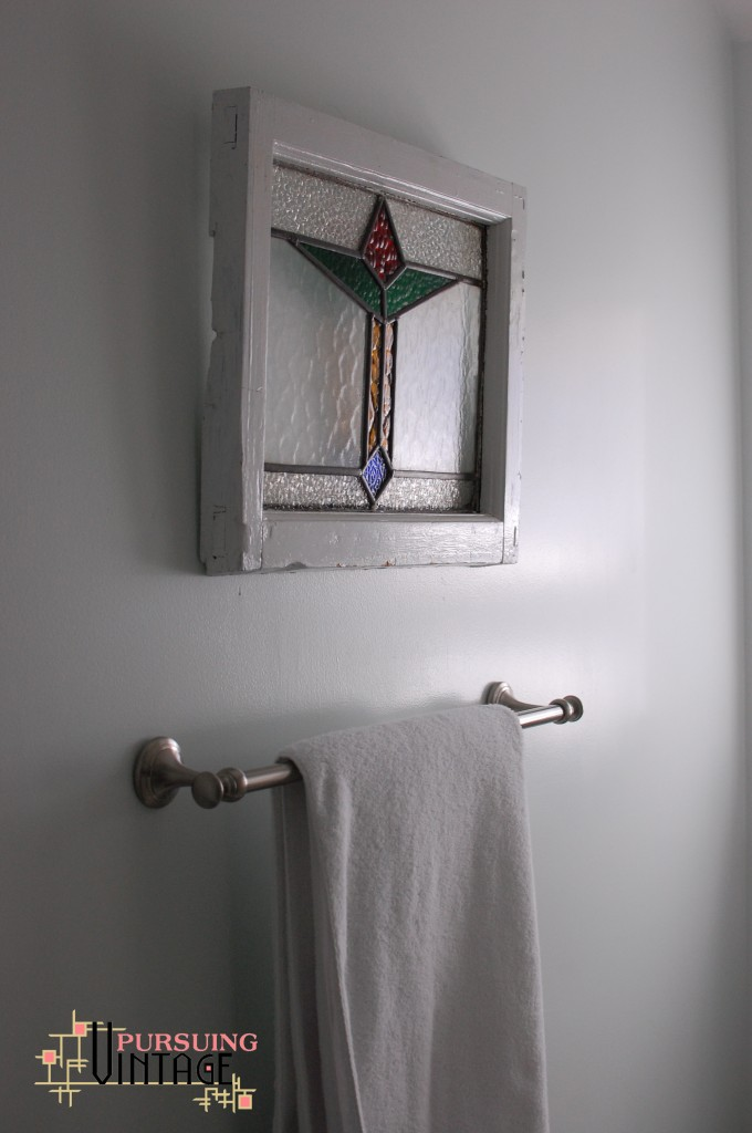 Stained glass small scale for Stained glass bathroom window designs