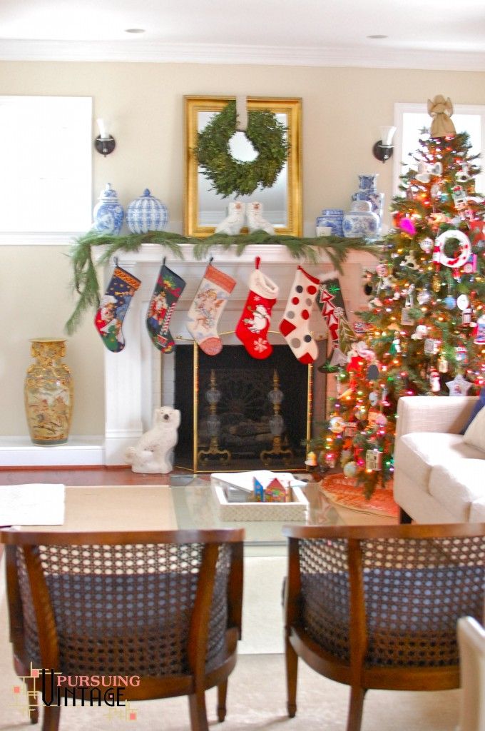 Pursuing Vintage Holiday Home Tour : Living Room 1