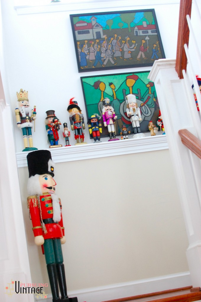 Pursuing Vintage Holiday Home Tour : Nutcracker Collection