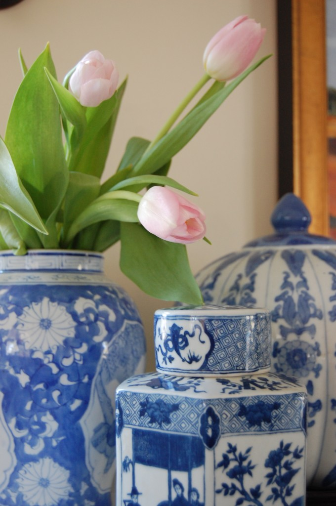 Blue & White Porcelain Ginger Jar with Tulips // Pursuing Vintage