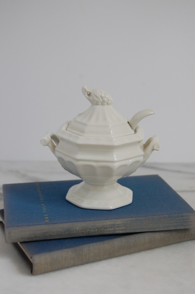 Vintage Red Cliff Ironstone Mini Tureen / Pursuing Vintage